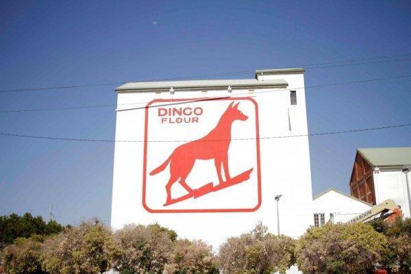 Dingo Flour Mill sign refurbishment by compac