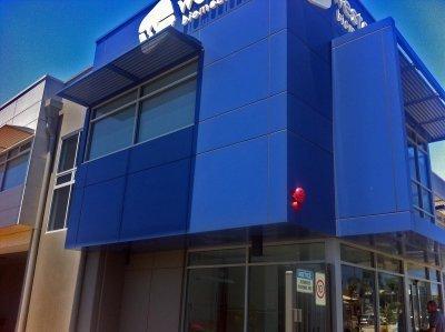 acm cladding at western biomedical osborne park by compac | perth signs